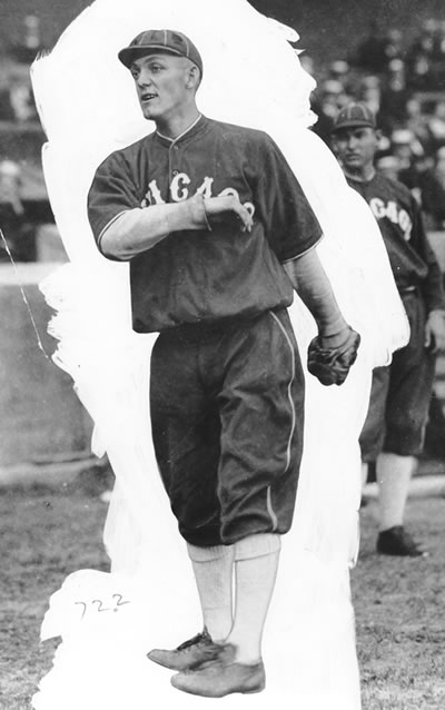 Buck playing for the Chicago White Sox.