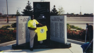 Ziff Sistrunk helps support the ClearBuck campaign in Milwaukee, WI.